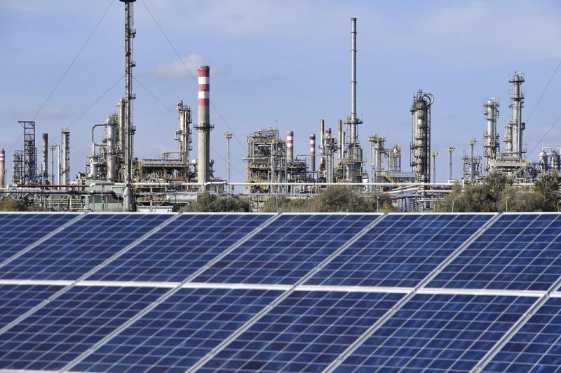 Mol Százhalombatta napelempark